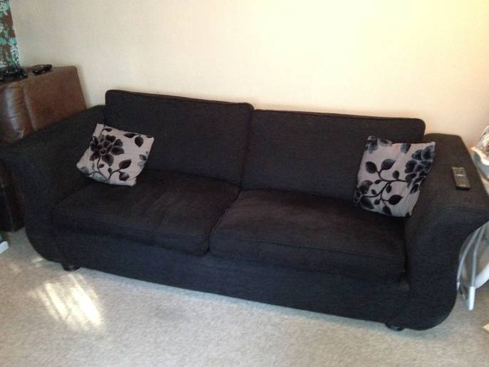 FreelyWheely Dfs Joelle 4 seater sofa : 93748211 d343 4624 8a36 407c22361de7 from freelywheely.com size 686 x 515 jpeg 29kB