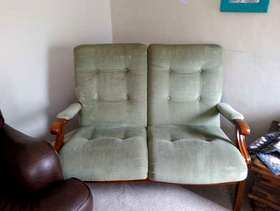 Freecycle FREE 2 Seater Cintique Sofa