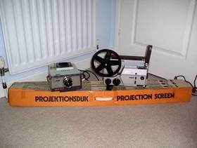 Freecycle Cine & Slide Projectors & Screen