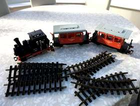 Freecycle Play mobile train and track