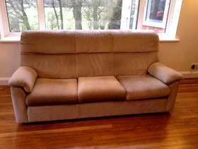 Freecycle Three Piece Suite - Parkerknoll