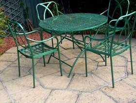 Freecycle Garden table and 4 chairs