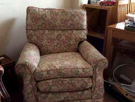 Freecycle Free armchair for collection