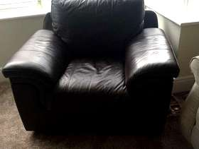 Freecycle Brown leather arm chair