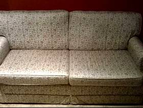 Freecycle Two-seat 'Relyon' settee / sofa-bed ... free / buyer collects