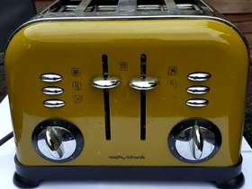 """Freecycle Morphy Richards """"Accents"""" - 4 Slot Toaster - Good working ..."""