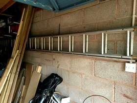 Freecycle Two section lenght ladder.