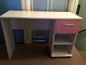 Freecycle Girls desk or dressing table