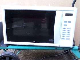 Freecycle Microwave