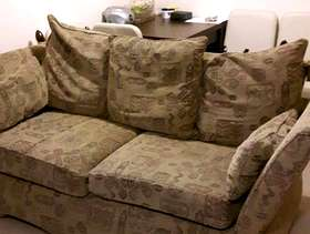Freecycle 2 arm chairs and settee ( matching)