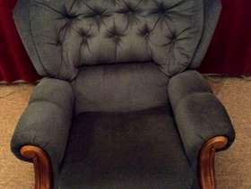 Freecycle Sofa and two recliner armchairs