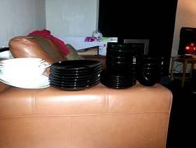 Freecycle Black dinner set