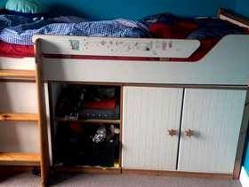 Freecycle Child's midi bed