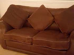 Freecycle 2 seater settee