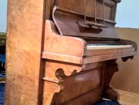 Freecycle Antique Haake Piano