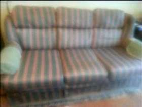 Freecycle Sofa and two belonging chairs