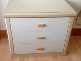 Freecycle Chest of drawers (3)