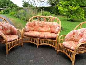 Freecycle Conservatory settee and two chairs
