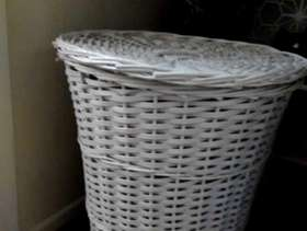 Freecycle White wicker laundry basket