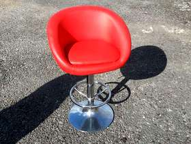 Freecycle Red bar stool style chair