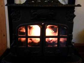 Freecycle Esse Dragon stove and mantlepiece