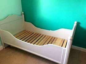 Freecycle Children's wooden bed
