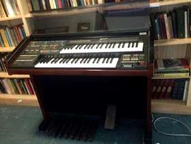 Freecycle Electric Organ