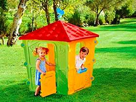 Freecycle Chad Valley outdoor playhouse