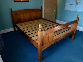 Freecycle Wooden Kingsize Bed