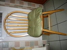 Freecycle Table & Chairs.