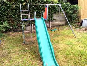 Freecycle TP slide and swing set