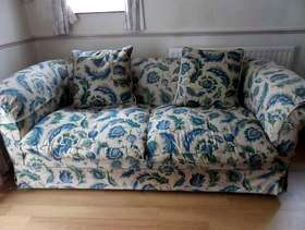 Freecycle Green and blue settee 3 seater