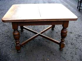 Freecycle Edwardian 'jumping jack' solid oak dining table