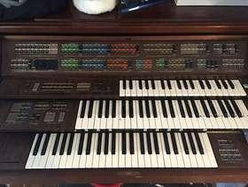 Freecycle Yamaha Election FS-70 Organ