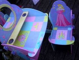 Freecycle Childs table and chair