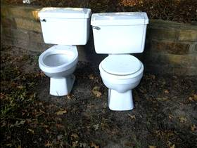 Freecycle 2 toilets / commodes