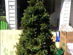 Freecycle Free Faux Xmas Tree