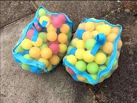 Freecycle Plastic balls - 2 packets