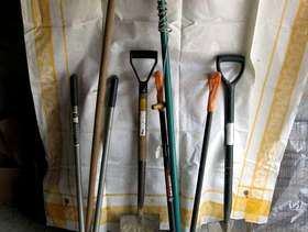 Freecycle Selection of garden tools