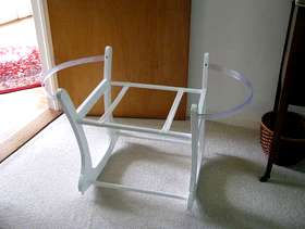 Freecycle Rocking moses basket stand.