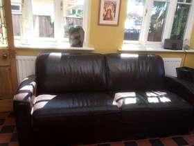 Freecycle 3-seater leather sofa