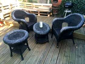 Freecycle Wicker garden set