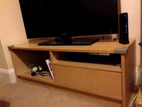 Freecycle TV stand