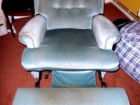 Freecycle Recliner Chair
