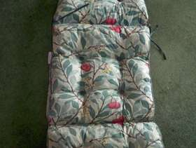 Freecycle Padded cover for sunbed
