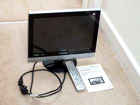 Freecycle Hitachi 16 inch Colour TV