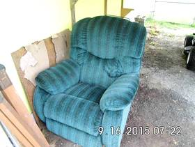 Freecycle Free Recliner