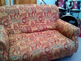 Freecycle Comfy 2 Seater Sofa