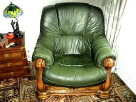 Freecycle Three peice suite in green leather with draws