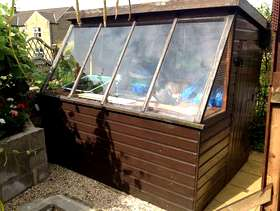Freecycle Potting shed